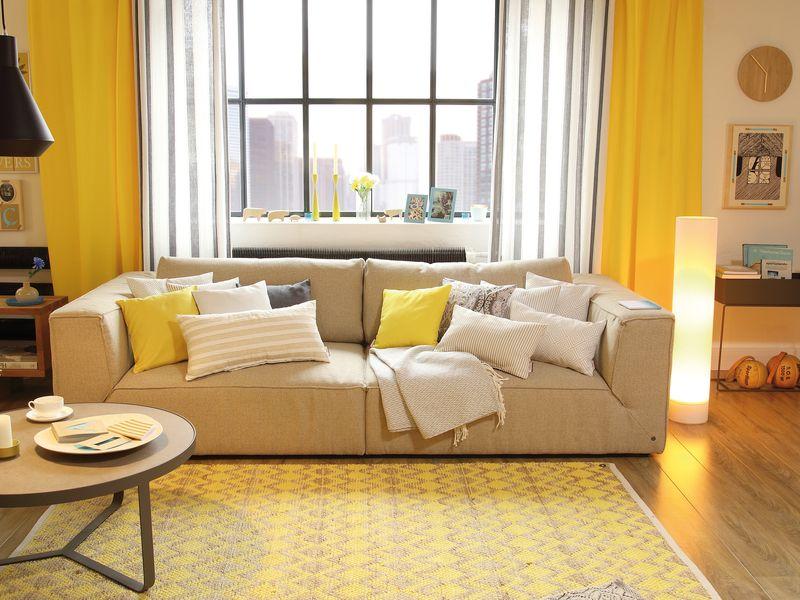 Gelbes Wohnzimmer